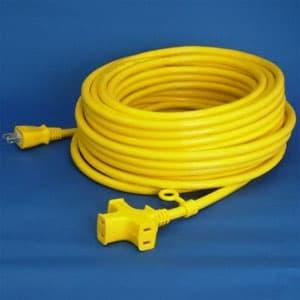 正和電工 トライアングルマルチタップ延長コード 3個口 20m 黄 VCTM-20YE
